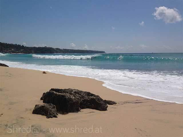 surfer at dreamlandbeach